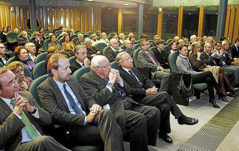 conferencia Arias